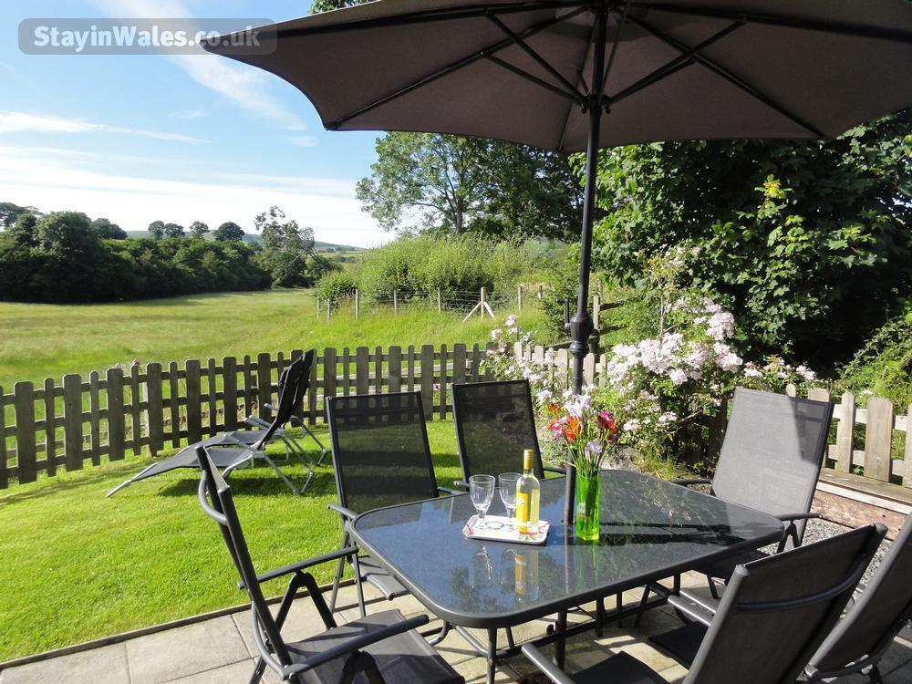 Lon Lodges - Rhayader Self catering