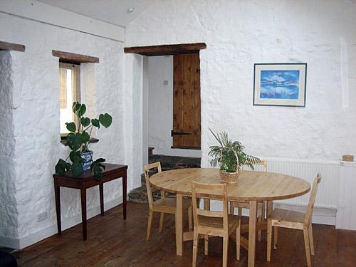 Dining room at The Old Stables accommodation in So