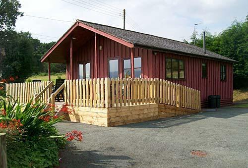Llanrhaeadr Ym Mochnant holiday cabin