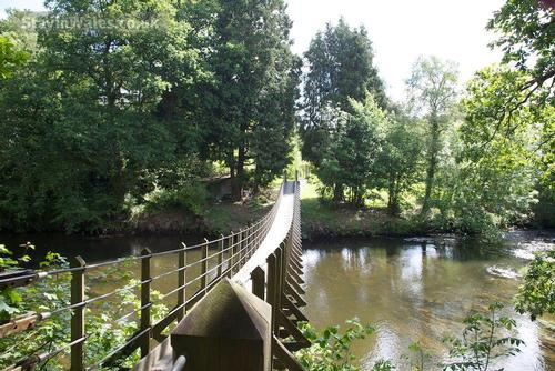 bridge to caer beris hotel
