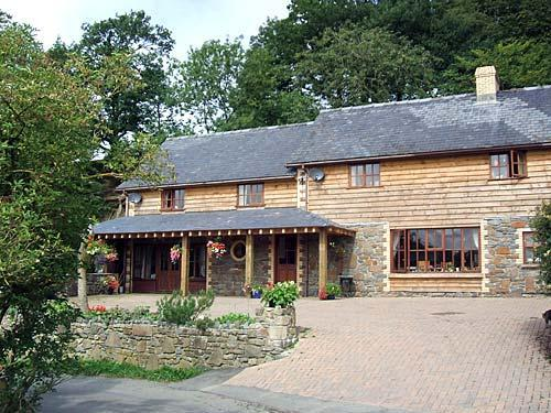 gaer farm bed and breakfast in mid wales