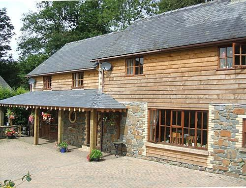 mid wales accommodation at gaer farm nea