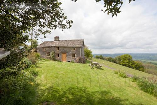 hay-on-wye country cottage