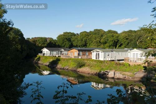 lakeside caravans in pembrokeshire