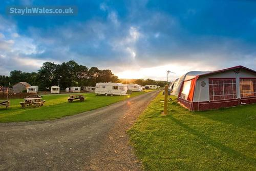 tent and caravan pitches at grondre holi