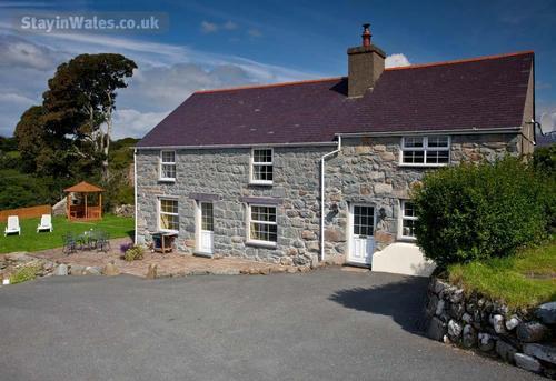 criccieth cottages
