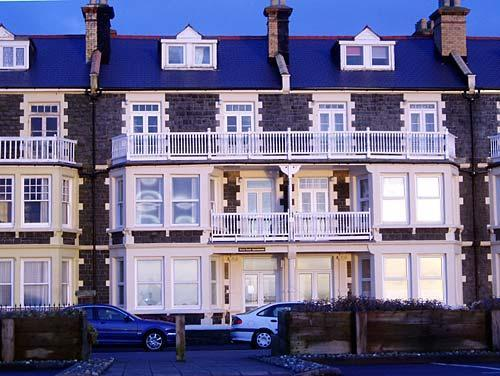 tywyn holiday apartment