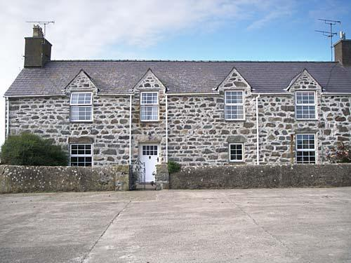Pwllheli self catering