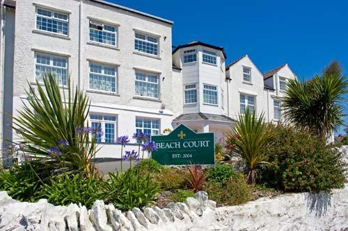 Trearddur Bay three bedroom apartment