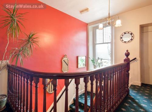 vistorian stairway