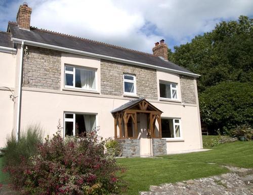 Morlogws farmhouse