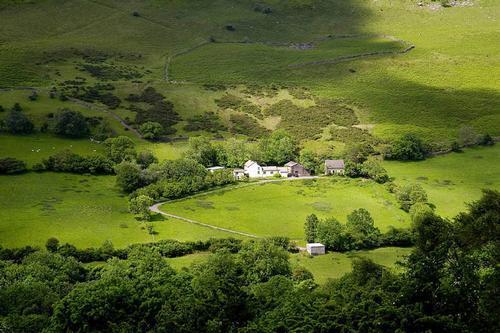 castle farm, capel-y-ffin