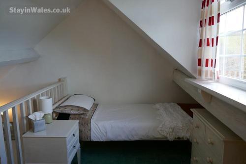 mezzanine bed 2