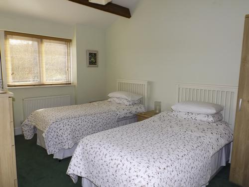 Stables twin bedroom
