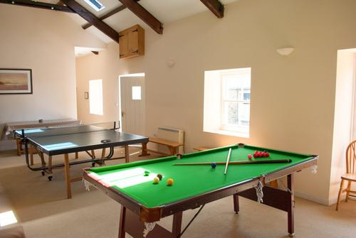 Timber Hill Games Room with Pool and Table Tennis