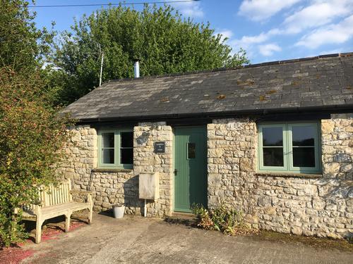 Warbler cottage