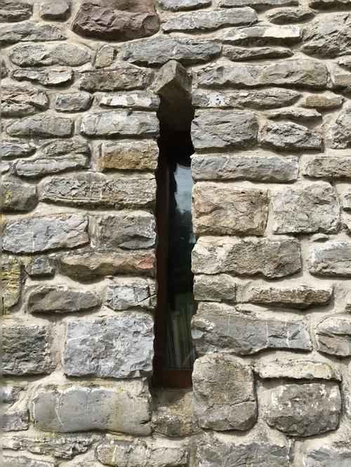 An arrow slit window