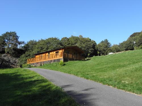 Y Derwen Lodge