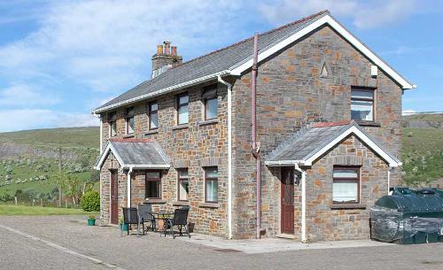 Penrhadw Farm Cottages