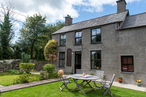 Llwyn Beuno Holiday Cottage