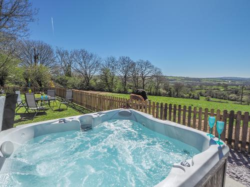 Stunning vista from your Jacuzzi hot tub