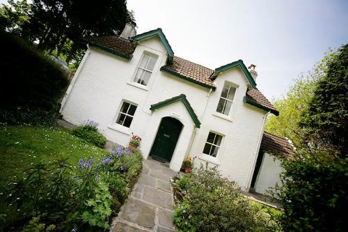Hillside Cottage - sleeps 4