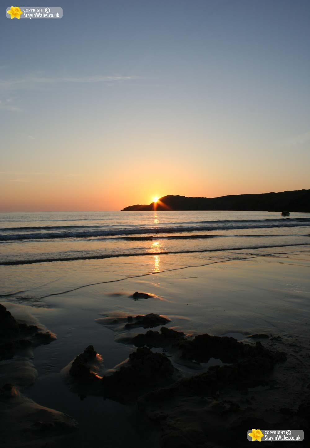 Whitesands Bay picture