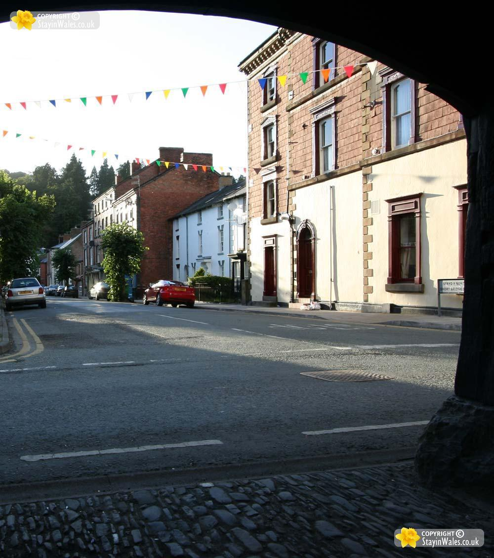 Llanidloes picture