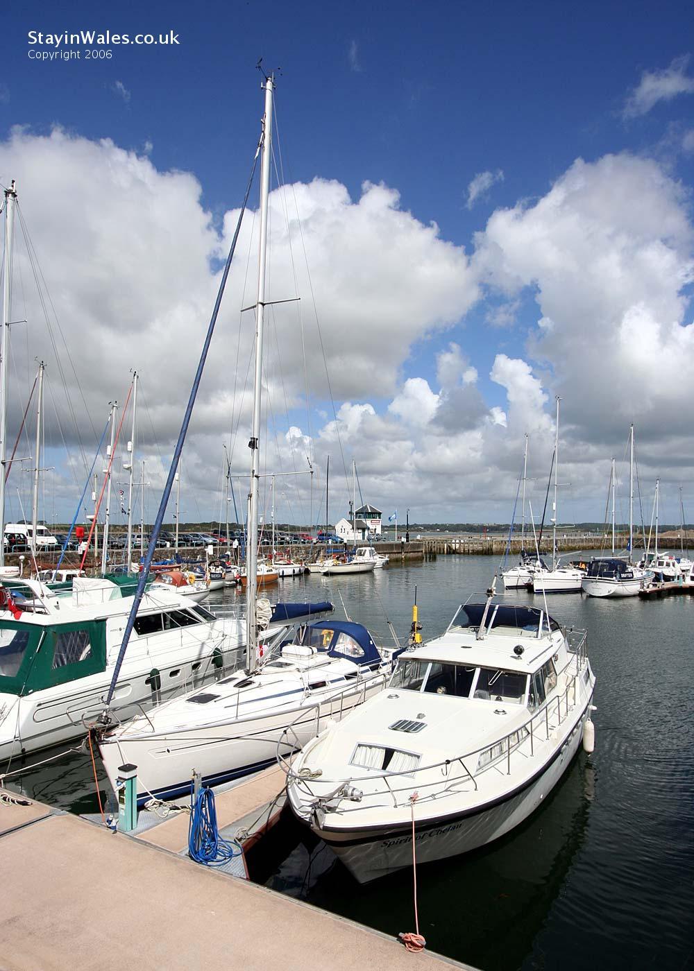 Caernarfon victoria dock