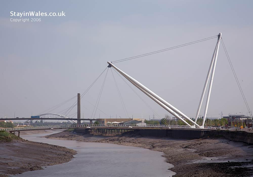 Newport bridges