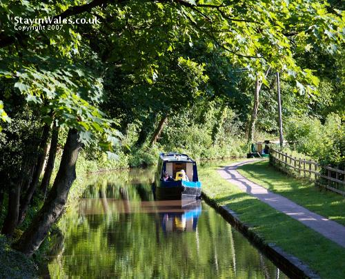 Canal at Llangynidr