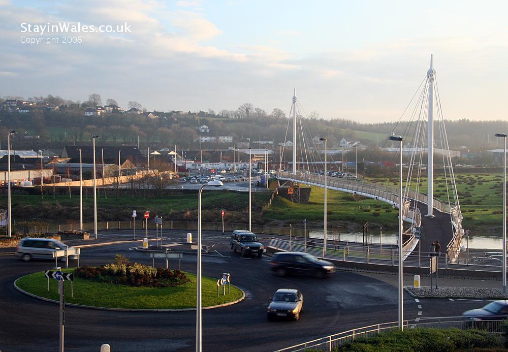 Carmarthen footbridge