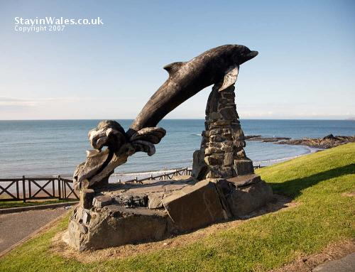 Dolphin sculpture Aberporth