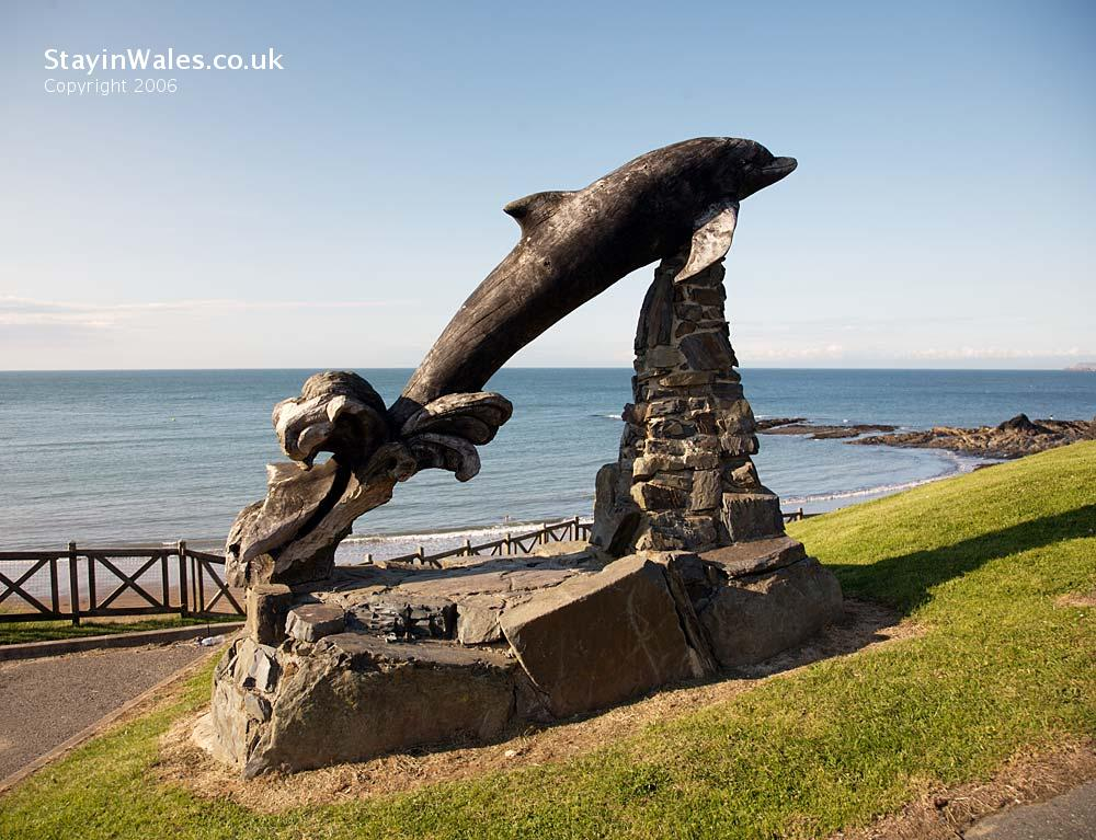 Dolphin sculpture Aberporth