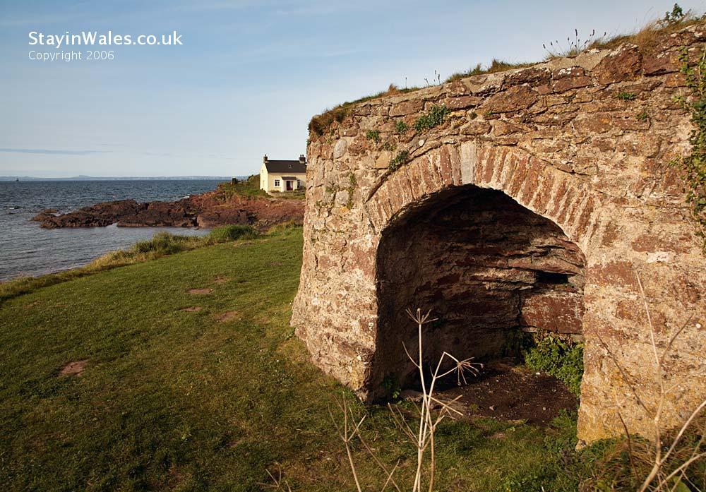 lime kiln Pembrokeshire