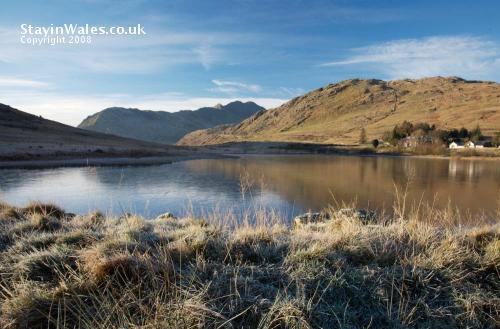 Pen-y-Gwryd Lake, Snowdonia
