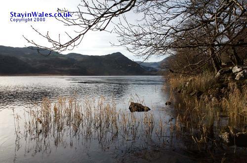 Llyn Dinas in winter