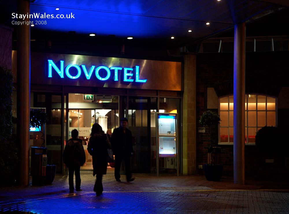 Entrance to Novotel Cardiff centre