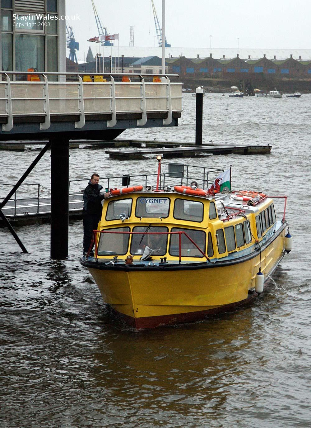Cardiff Bay Waterbus at Mermaid Quay