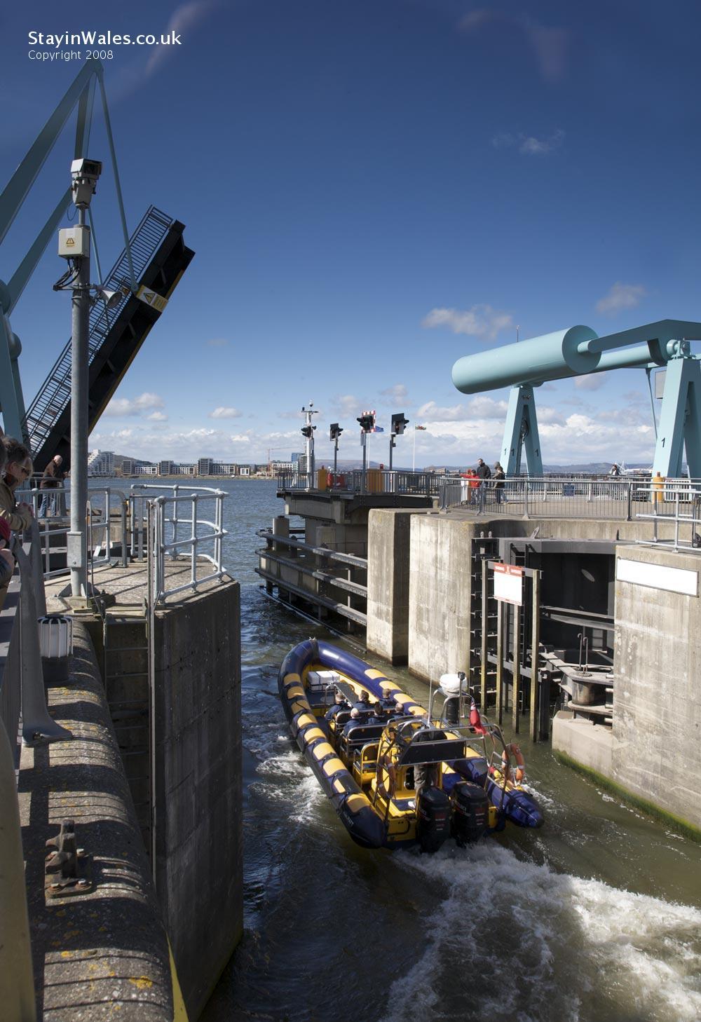 Boat in Cardiff Bay Barrage lock