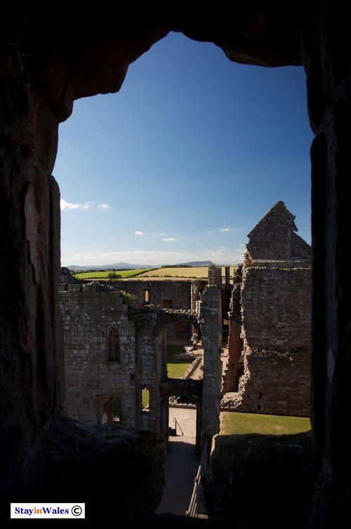 The hall and chapel of Raglan Castle