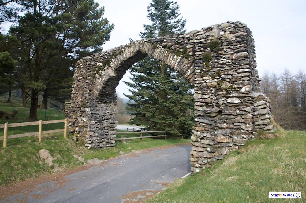 Arch on the Devil's Bridge Elan Valley road
