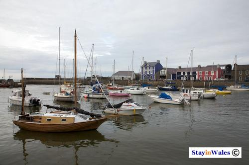 Aberaeron harbour and Pen Cei