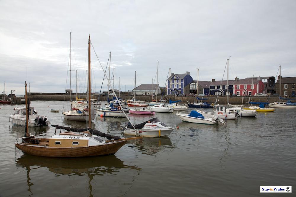 Aberaeron harbour and Pen Cei