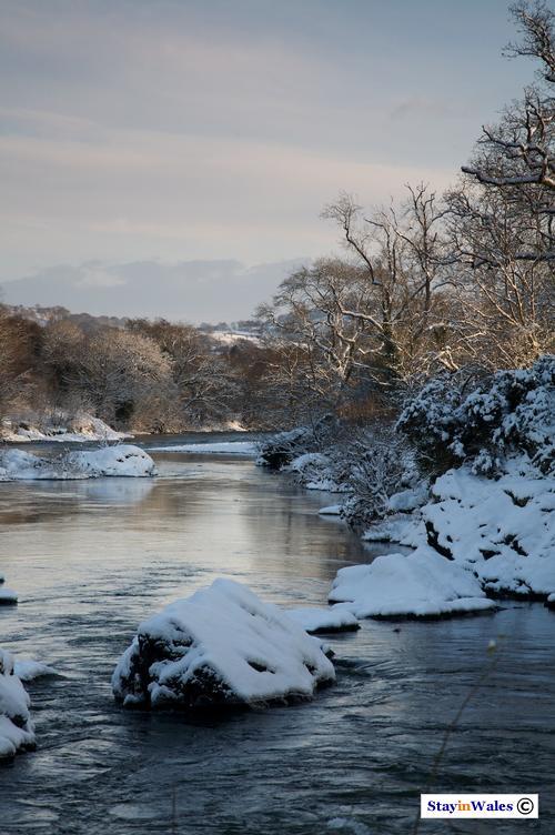 River Wye in snow