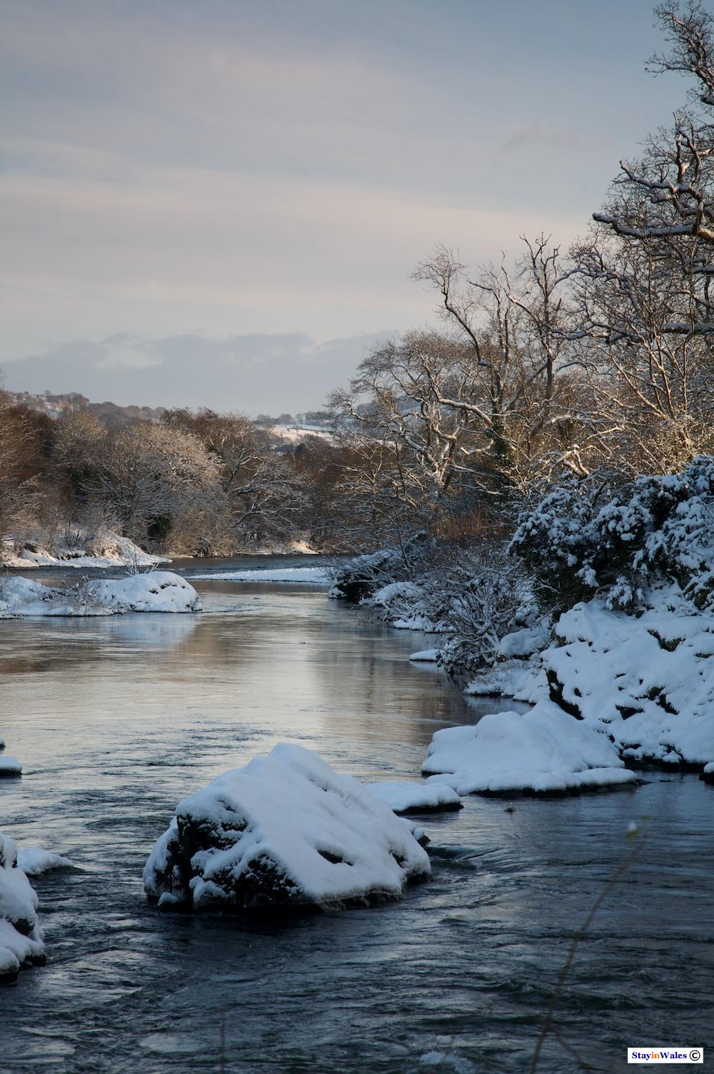 River Wye in snow