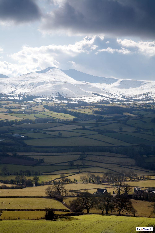 Brecon Beacons seen from Pen-y-Crug