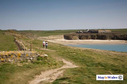 Porth Trecastell beach, Anglesey