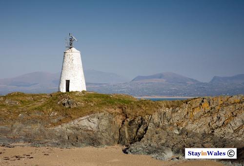 Llanddwyn Island Twr Bach Lighthouse