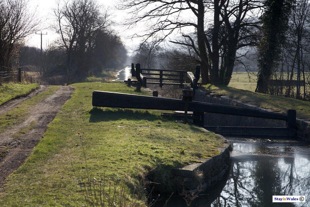 Ynys-yr-Allor Lock, Neath Canal